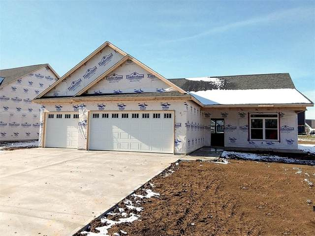 126 Woods Edge Blvd East, Greencastle, IN 46135 (MLS #21763101) :: The Indy Property Source
