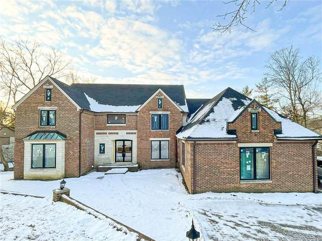 8449 Bay Colony Drive, Indianapolis, IN 46234 (MLS #21764733) :: The Indy Property Source