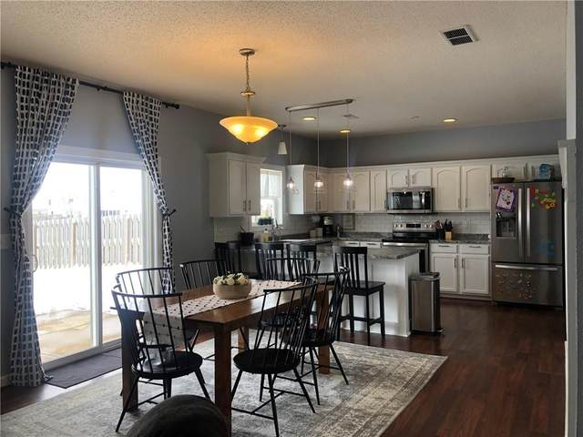 3015 Parkview Drive, Columbus, IN 47201 (MLS #21765212) :: Richwine Elite Group