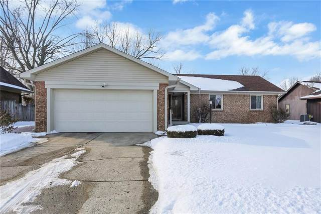 4904 Carry Back Lane, Indianapolis, IN 46237 (MLS #21765998) :: Dean Wagner Realtors