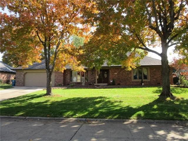 8809 Winding Ridge Road, Indianapolis, IN 46217 (MLS #21767554) :: Dean Wagner Realtors