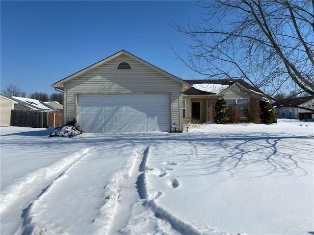 701 Millbrook Drive, Avon, IN 46123 (MLS #21767644) :: Ferris Property Group