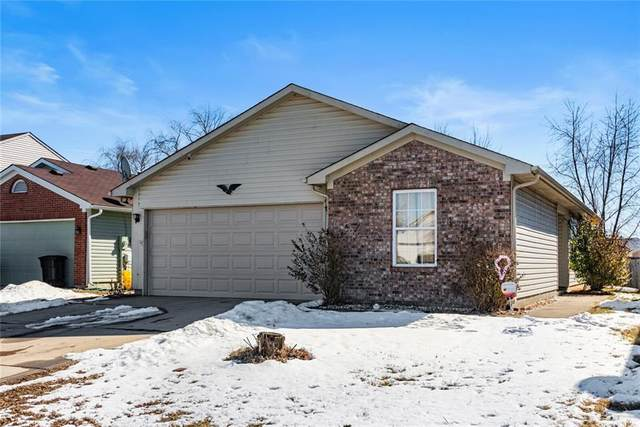5113 Rocky Forge Drive, Indianapolis, IN 46221 (MLS #21767701) :: Ferris Property Group