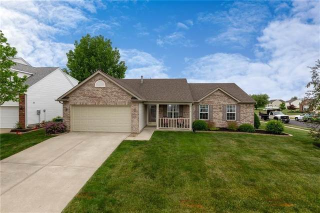 10135 Stillwell Drive, Avon, IN 46123 (MLS #21767881) :: Mike Price Realty Team - RE/MAX Centerstone