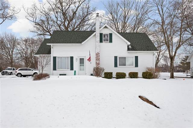 11301 E 300 South, Zionsville, IN 46077 (MLS #21767937) :: The Indy Property Source