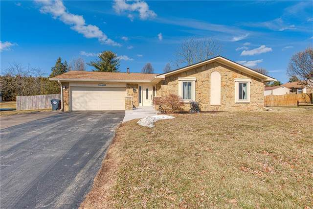 620 Valley Oaks Road, Greenwood, IN 46143 (MLS #21768437) :: The Indy Property Source