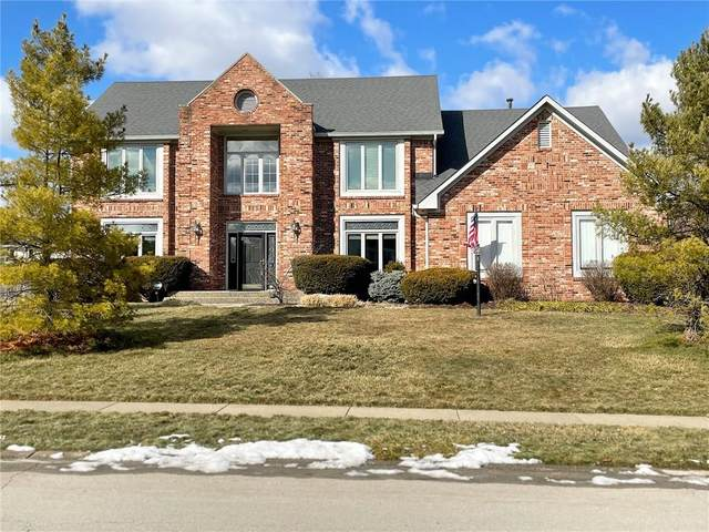 1816 Spruce Drive, Carmel, IN 46033 (MLS #21768438) :: The ORR Home Selling Team