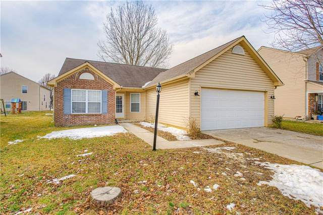 9739 Gibbon Lane, Avon, IN 46123 (MLS #21768506) :: The Indy Property Source