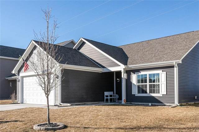 944 Redwood Drive, Franklin, IN 46131 (MLS #21768863) :: David Brenton's Team