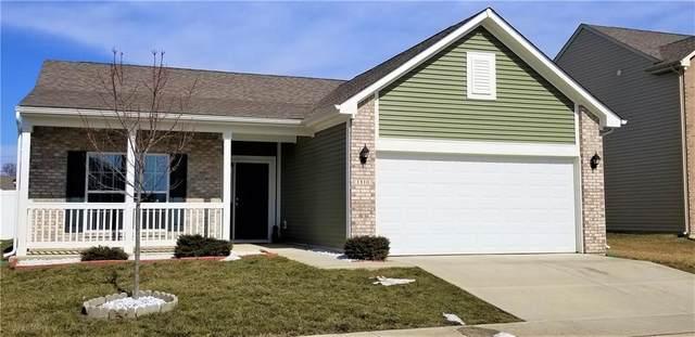 1810 Twelve Oaks Drive, Shelbyville, IN 46176 (MLS #21768917) :: David Brenton's Team