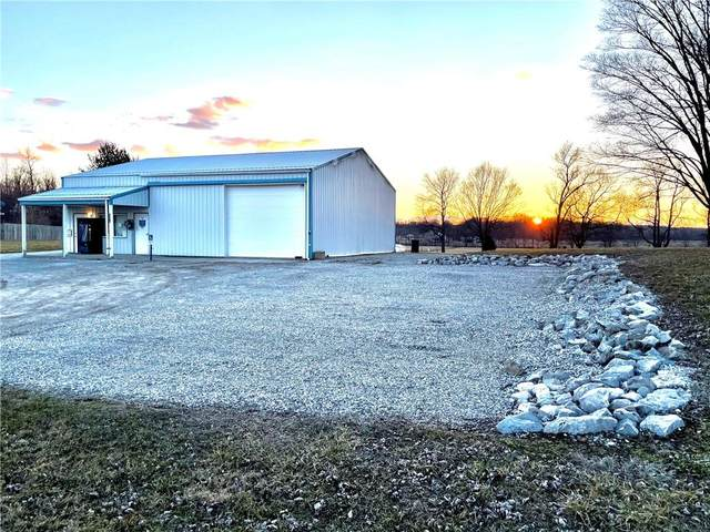 7300 S County Road 445 W, Greencastle, IN 46135 (MLS #21768938) :: The Indy Property Source