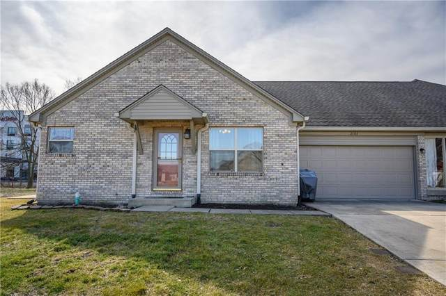 2101 Jennifer Court, Franklin, IN 46131 (MLS #21768999) :: David Brenton's Team