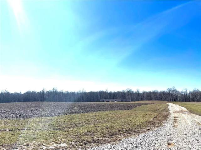 6520 N County Road 250 E, Greencastle, IN 46135 (MLS #21769072) :: The ORR Home Selling Team