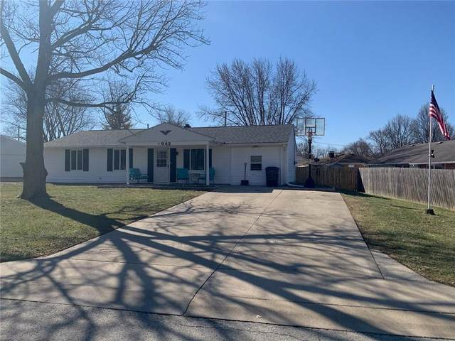 642 Lawndale Drive, Greenwood, IN 46142 (MLS #21769300) :: Anthony Robinson & AMR Real Estate Group LLC