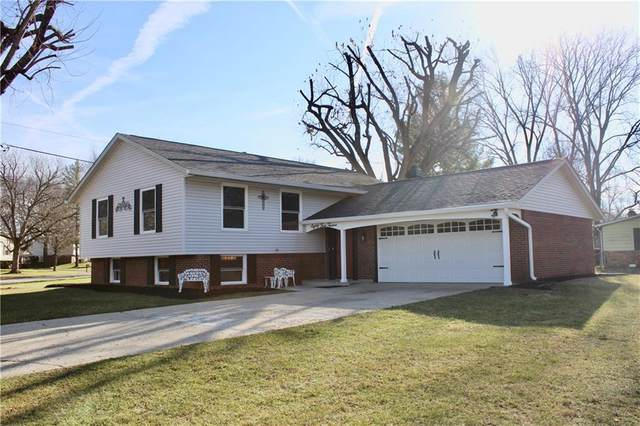8412 Royal Meadow Drive, Indianapolis, IN 46217 (MLS #21769664) :: Dean Wagner Realtors