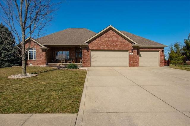 104 Brunnemer Ridge Drive, Whiteland, IN 46184 (MLS #21769737) :: Mike Price Realty Team - RE/MAX Centerstone