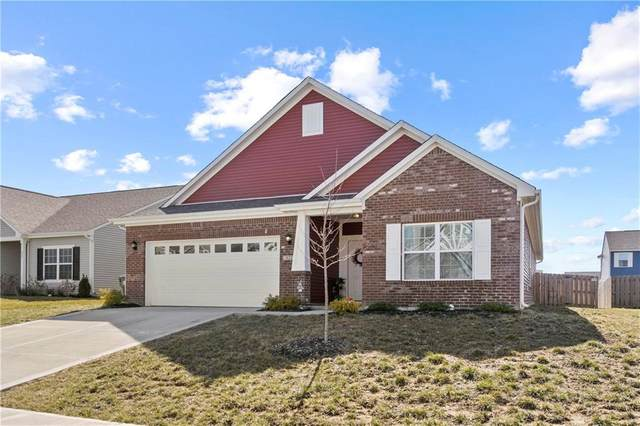 821 Blue Ash Trl, Greenwood, IN 46143 (MLS #21769960) :: Heard Real Estate Team | eXp Realty, LLC