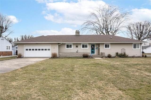 1401 S M Street, Elwood, IN 46036 (MLS #21770051) :: The Indy Property Source