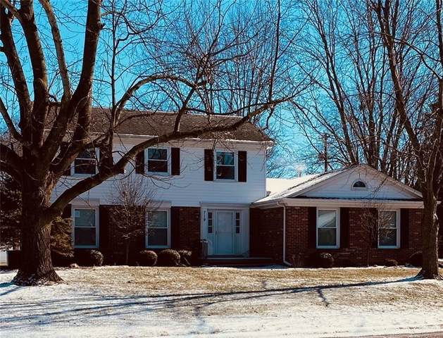 719 S Jackson Park Drive, Seymour, IN 47274 (MLS #21770180) :: The ORR Home Selling Team