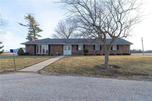 10100 S Honeycreek Road, Daleville, IN 47334 (MLS #21770596) :: The ORR Home Selling Team