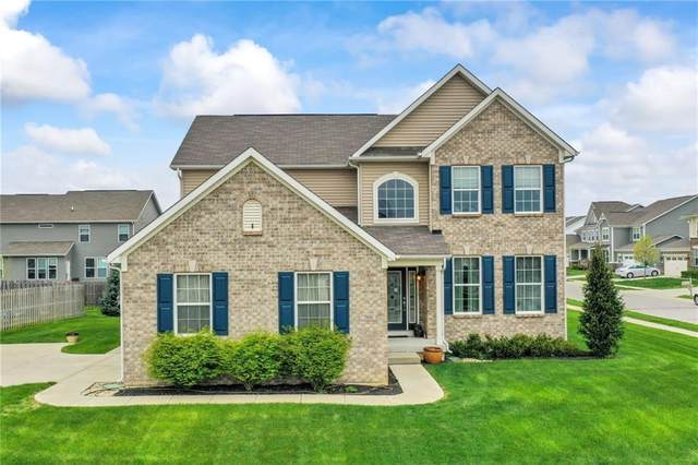 7806 Hedgehop Drive, Zionsville, IN 46077 (MLS #21770750) :: RE/MAX Legacy