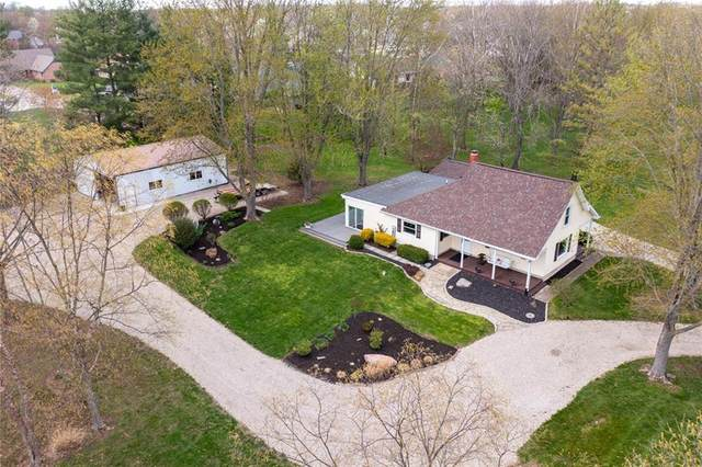 590 N Buck Creek Road, Greenfield, IN 46140 (MLS #21771141) :: Mike Price Realty Team - RE/MAX Centerstone