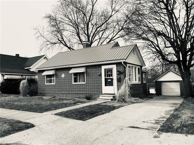1102 W Market Street, Crawfordsville, IN 47933 (MLS #21771163) :: AR/haus Group Realty