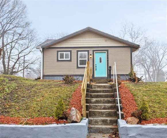 2367 N Oxford Street, Indianapolis, IN 46218 (MLS #21771596) :: The Indy Property Source