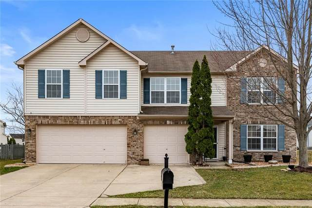 3037 Stillcrest Lane, Indianapolis, IN 46217 (MLS #21771653) :: Mike Price Realty Team - RE/MAX Centerstone
