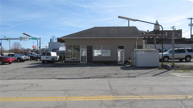 127 W Market Street, Crawfordsville, IN 47933 (MLS #21773038) :: RE/MAX Legacy