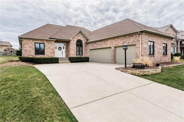 4321 Chase Circle, Zionsville, IN 46077 (MLS #21773127) :: Anthony Robinson & AMR Real Estate Group LLC