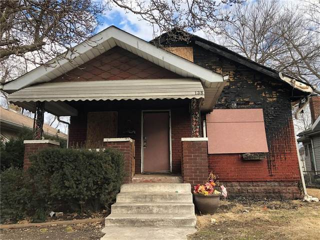 135 S Traub Avenue, Indianapolis, IN 46222 (MLS #21774492) :: The Evelo Team