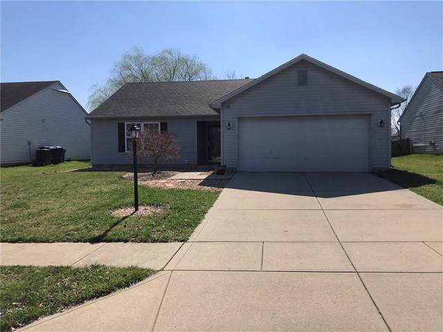 10455 Sienna Drive, Noblesville, IN 46060 (MLS #21774554) :: Mike Price Realty Team - RE/MAX Centerstone