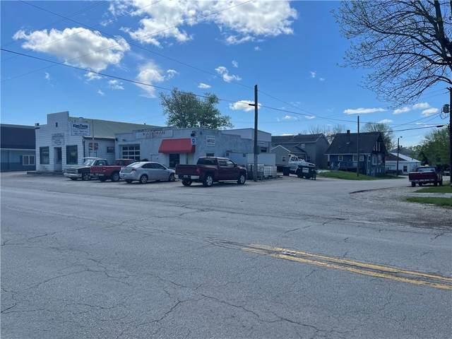 114 & 116 W Pat Rady Way, Bainbridge, IN 46105 (MLS #21775188) :: Dean Wagner Realtors