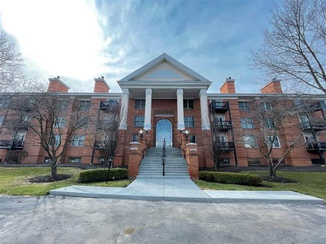 8690 Jaffa Court West Drive #34, Indianapolis, IN 46260 (MLS #21775333) :: RE/MAX Legacy