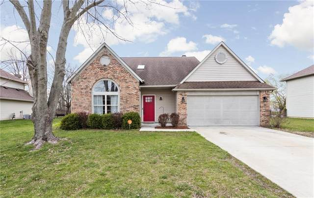 8611 Eagles Nest Drive, Avon, IN 46123 (MLS #21776196) :: Ferris Property Group