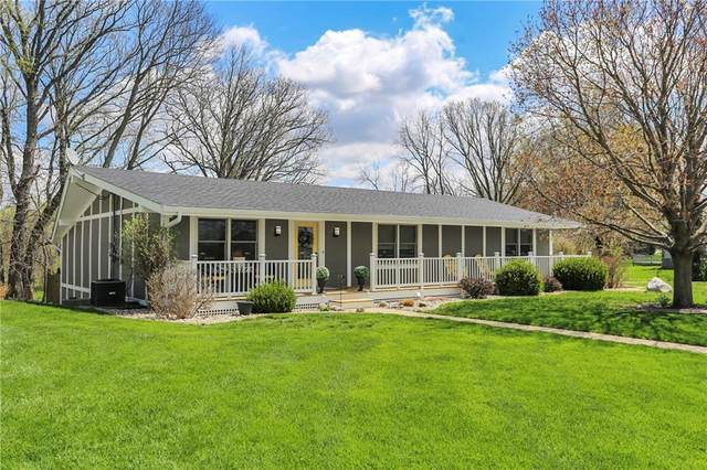 9042 N Pumpkinvine Road, Fairland, IN 46126 (MLS #21776723) :: Mike Price Realty Team - RE/MAX Centerstone
