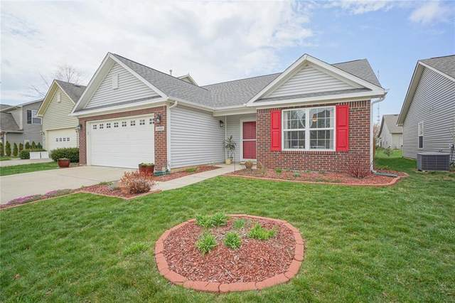15531 Landsbrook Run East, Noblesville, IN 46060 (MLS #21776741) :: The Evelo Team