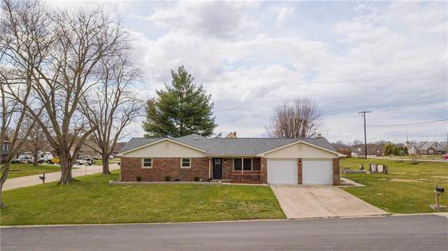 90 N Milford Drive, Franklin, IN 46131 (MLS #21776888) :: Mike Price Realty Team - RE/MAX Centerstone