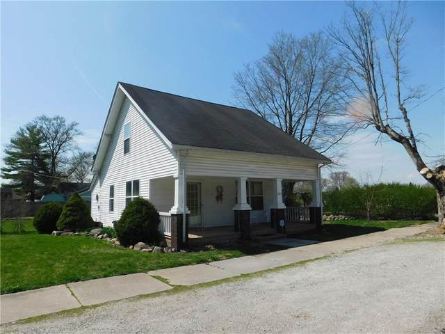 225 W Broadway Street, Morristown, IN 46161 (MLS #21777027) :: The ORR Home Selling Team