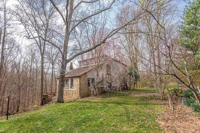 6400 E Collins Lane, Bloomington, IN 47408 (MLS #21777070) :: Mike Price Realty Team - RE/MAX Centerstone