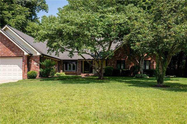 4164 W Crooked Lane, Greenwood, IN 46143 (MLS #21777086) :: Heard Real Estate Team | eXp Realty, LLC