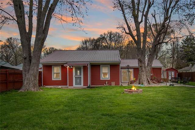 8948 Robey Drive, Indianapolis, IN 46234 (MLS #21777090) :: Mike Price Realty Team - RE/MAX Centerstone