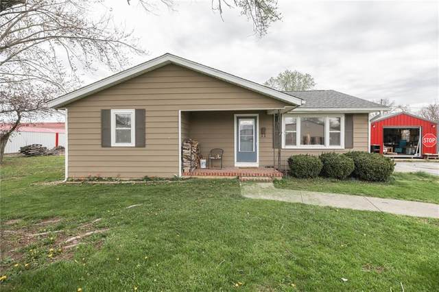 490 W Garfield Avenue, Martinsville, IN 46151 (MLS #21777102) :: Mike Price Realty Team - RE/MAX Centerstone