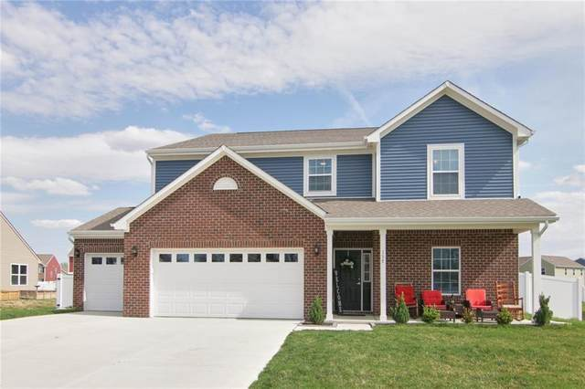 135 Blue Lace Drive, Whiteland, IN 46184 (MLS #21777193) :: Corbett & Company
