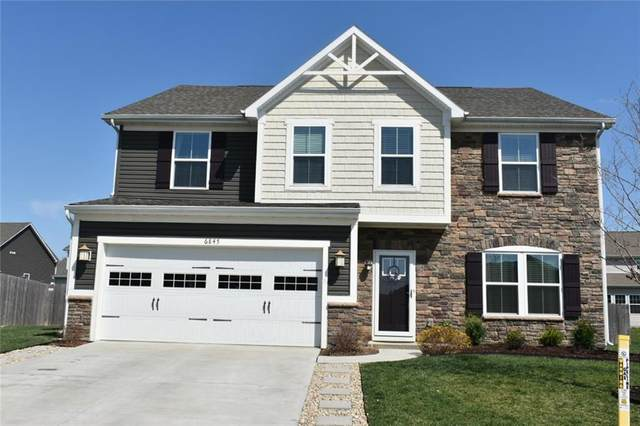 6845 Ennis Drive, Brownsburg, IN 46112 (MLS #21777343) :: The ORR Home Selling Team