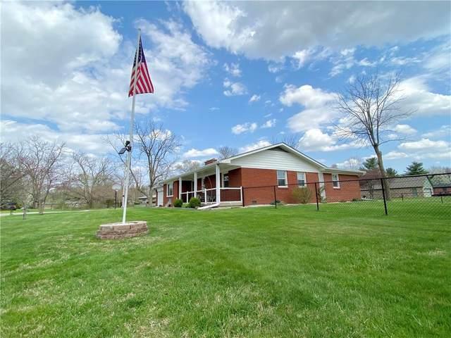 1025 Ledgewood Court, Avon, IN 46123 (MLS #21777566) :: Corbett & Company