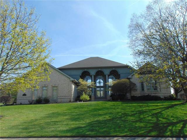 7109 W Augusta Boulevard, Yorktown, IN 47396 (MLS #21777568) :: Richwine Elite Group