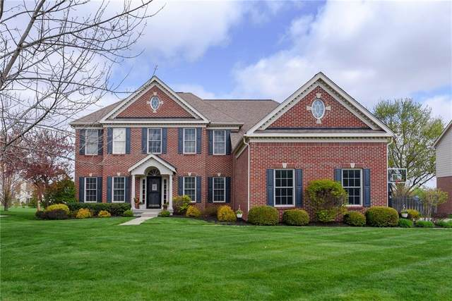8842 Pin Oak Drive, Zionsville, IN 46077 (MLS #21777976) :: The Indy Property Source