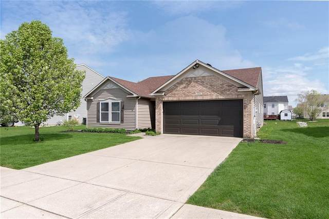 3151 Hurst Street, Whiteland, IN 46184 (MLS #21778016) :: AR/haus Group Realty
